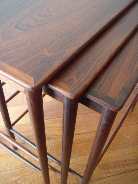 Nice 繊細さが魅力です。ぎりぎりまで細く、薄く。ネストテーブルはとても重宝するアイテム。 Nest Of Tables / Grete Jalk / P.  Jeppesen DENMARK/ Used SOLD OUT
